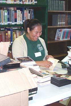 Sophie Torres labeling books